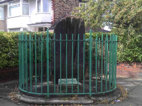 Robin Hood's Stone, Liverpool © 2016 John Reppion.