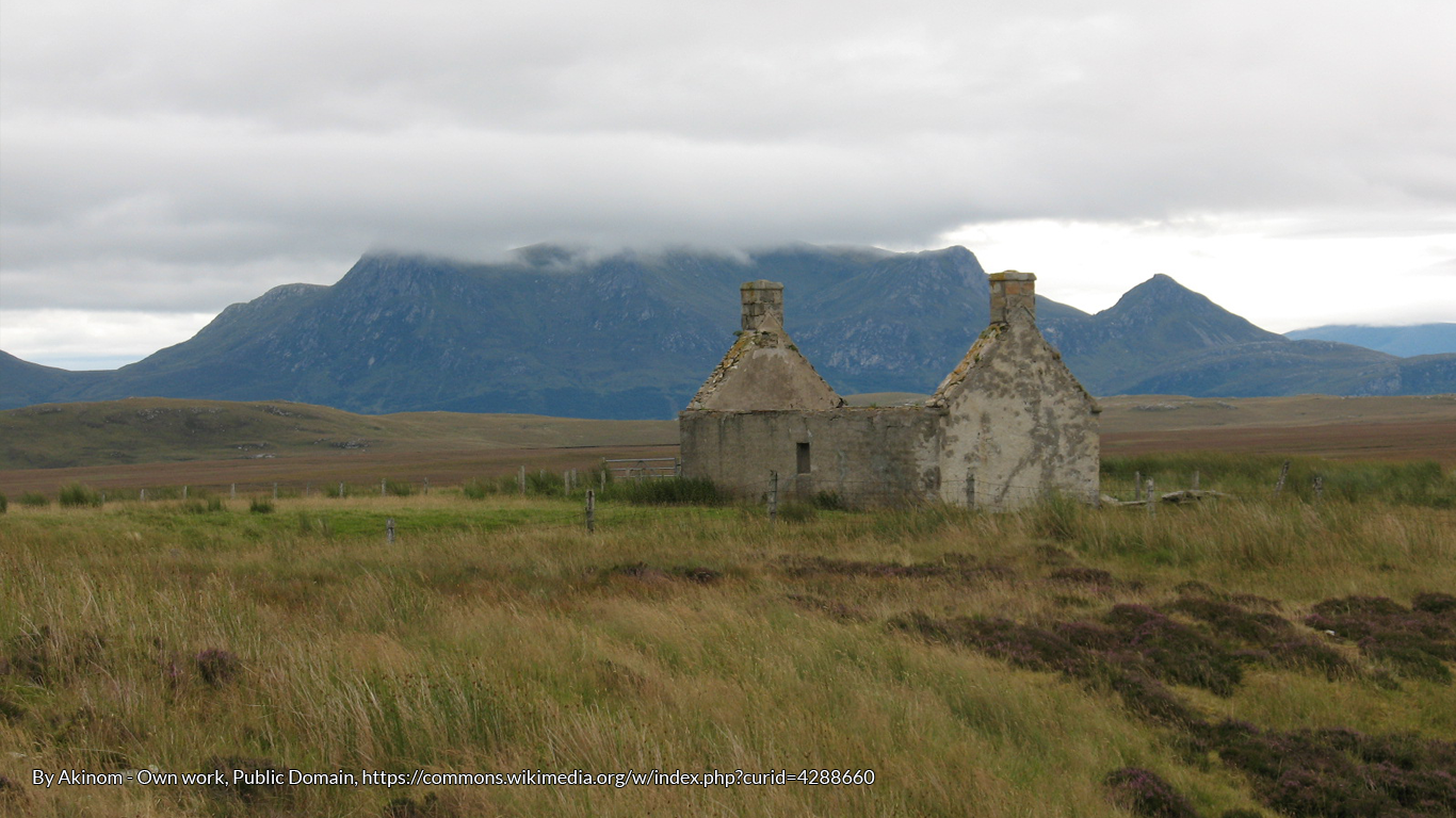 The vestiges of where tales were once told ... Lonely House in the Highlands by Akinom
