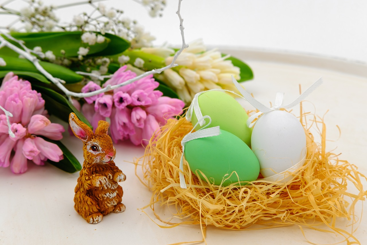 Hare & Eggs in a Nest https://pixabay.com/en/easter-eggs-egg-nest-easter-nest-3257098/