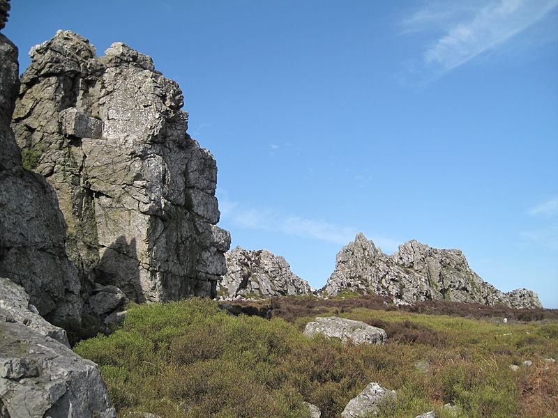 Stiperstones by Bladeflyer,PDTillman, CC BY 2.0 https://commons.wikimedia.org/w/index.php?curid=18144209