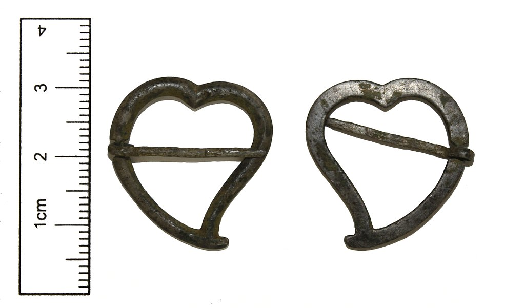 Medieval heart-shaped brooch (Witch's Heart) By The Portable Antiquities Scheme/ The Trustees of the British Museum, CC BY-SA 2.0 https://commons.wikimedia.org/w/index.php?curid=55746832